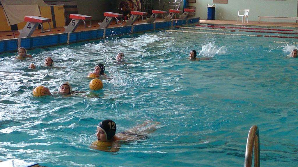 Γνωριμία σχολείων με το άθλημα της υδατοσφαίρισης